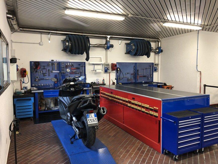 Officina moto Motorama Bergamo aperta