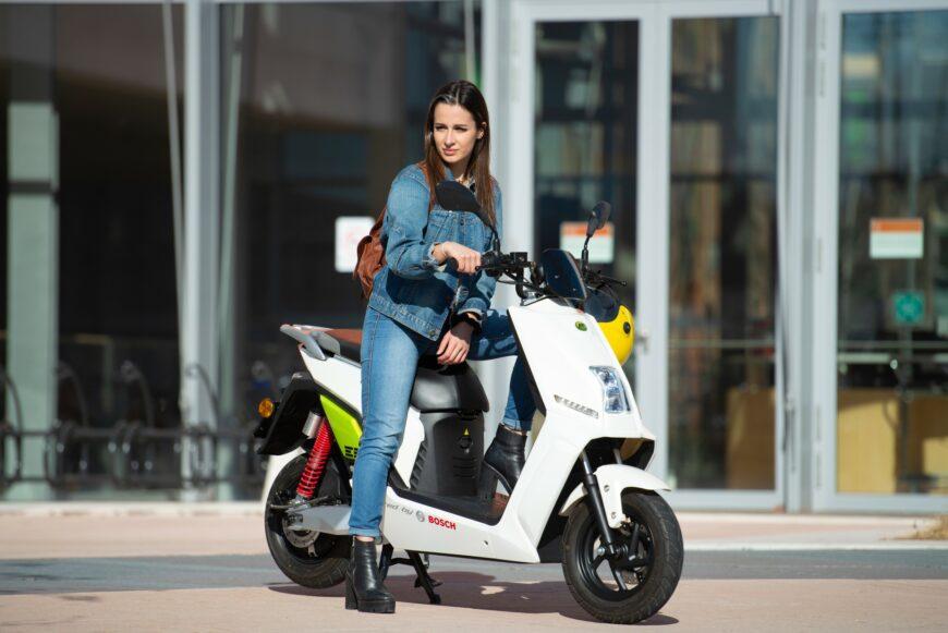 Scooter elettrico con Ecobonus a Bergamo