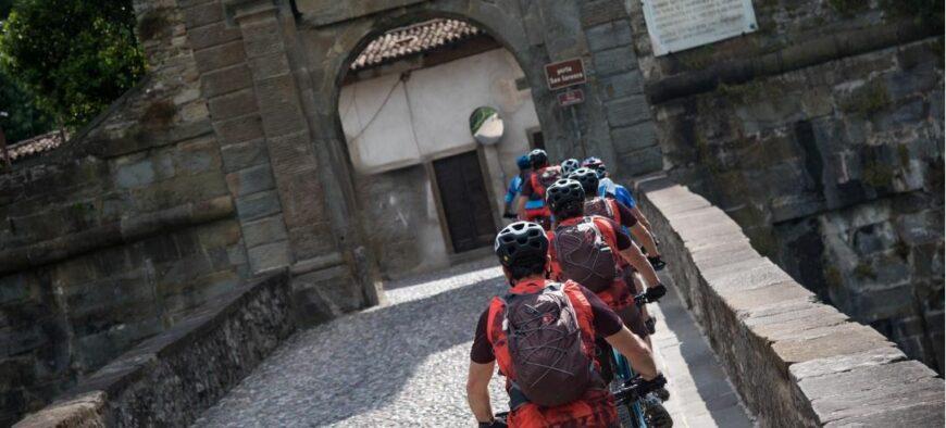 Tour guidato in ebike: alla scoperta di Bergamo